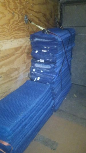 Moving Blankets / Furniture pads (100 available) for Sale in Streamwood, IL