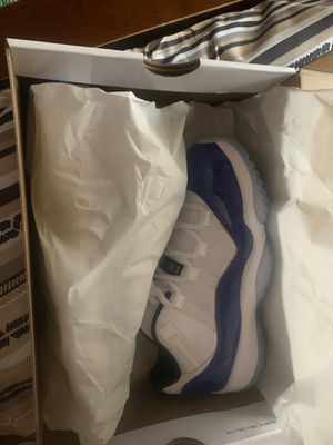 """AIR JORDAN RETRO 11 LOW """"SKETCH"""" SIZE 5.5 for Sale in Chicago, IL"""