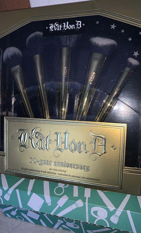 Kat Von D Makeup Brushes