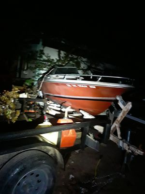 Boat and trailer for Sale in Oak Point, TX