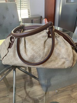 Authentic Gucci Canvas Bag for Sale in Alameda, CA