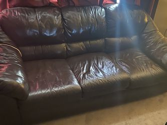 Brown Love Seat And Three Seat for Sale in Brockton,  MA