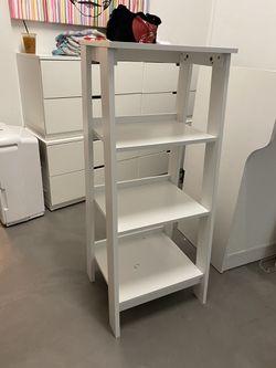 3 Shelf Ladder Bookshelf! Excellent condition! for Sale in Miami,  FL