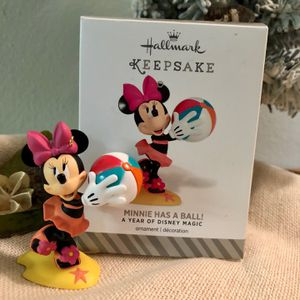 """Minnie Has A Ball"" Hallmark Keepsake Christmas Ornament for Sale in Largo, FL"