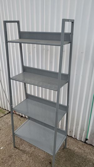 4 tier Metal Shelf for plants for Sale in Grand Prairie, TX