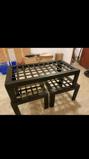 Coffee table and two side tables for Sale in East Dundee, IL