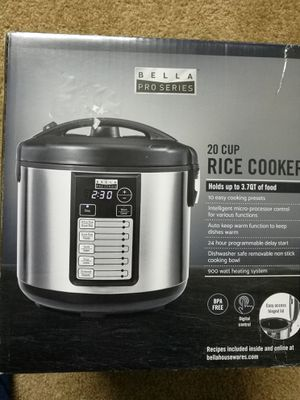 bella - pro series 20-cup rice cooker - stainless steel for Sale in Peoria, IL