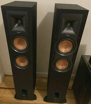KLIPSCH R-26F Reference Dual 6-1/2 FLOOR STANDING pair for Sale in Las Vegas, NV