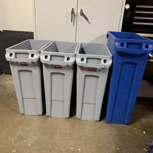 Recycling bins for Sale in Gilroy, CA
