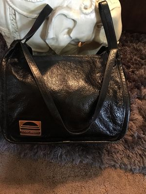 Marc Jacobs Calfskin Leather Lg Bag for Sale in Glendale, AZ