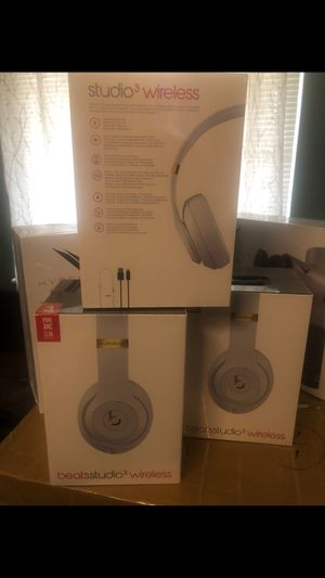 Authentic BEATS STUDIO3 WIRELESS $200 for Sale in Washington, DC