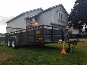 TRAILER DUAL AXLES WITH RAMP for Sale in Tacoma, WA