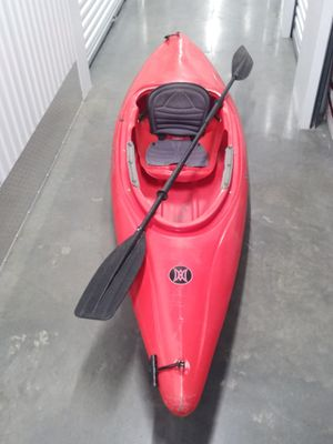 Perception 10' Kayak w/ paddle for Sale in Hawthorne, CA