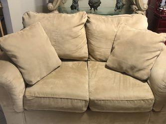 Sofa Set Plus Coffee Table for Sale in Huntington Beach,  CA