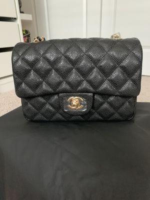 Chanel Mini Bag (Caviar Gold Hardware) for Sale in Auburn, WA