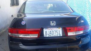 Honda accor 2,003 con 125,000 millas titulo limpio for Sale in Los Angeles, CA
