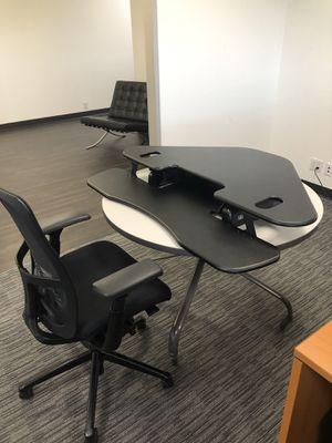 Varidesk Cube Corner 36 Adjustable Desk for Sale in Houston, TX
