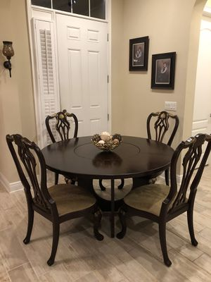 Dinning table for Sale in Winter Garden, FL