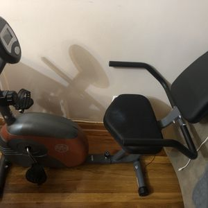 Bicycle Exercising Machine for Sale in Queens, NY