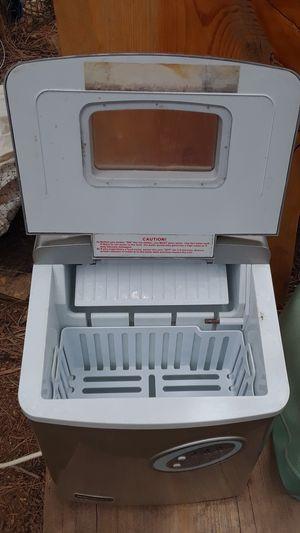 Ice machine for Sale in Overgaard, AZ