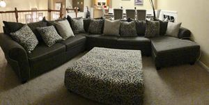 L shaped sofa - MOVE OUT SALE! Will accept best offer for Sale in Ashburn, VA