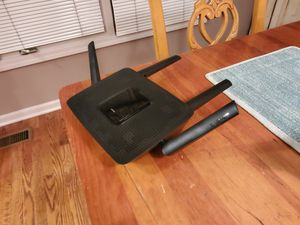 Linksys EA8300 Tri-band Router for Sale in Utica, MI