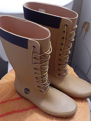 Timberland rain boots womans size 9 $60.00 for Sale in Cleveland, OH