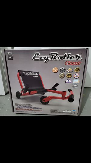 Ezy Roller for Sale in The Bronx, NY