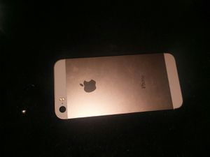 Iphone 5s for Sale in Blackstone, VA