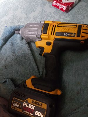 1/2 in impact cordless w/ flexvolt. for Sale in Fort Worth, TX