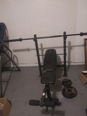 Gold's Gym Weight Bench for Sale in College Park, GA