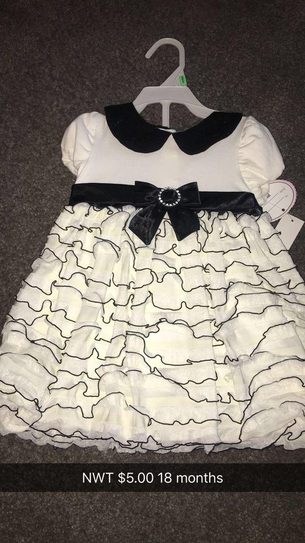 Dress 18 months