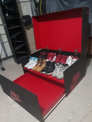 Jordan 1 box for shoes for Sale in Phillips Ranch, CA