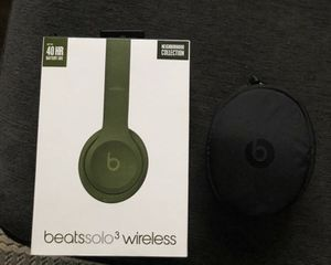BEATS SOLO 3 WIRELESS!!! SPECIAL EDITION for Sale in Bristol, PA