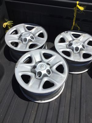 Toyota Tundra rims set of 4. 5 lugs. Size 18 for Sale in Los Angeles, CA