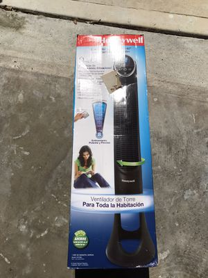 Tower fan Honeywell brand new have white and black color for Sale in Orlando, FL