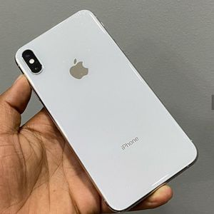 iPhone X Smax White for Sale in Commerce City, CO