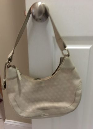 Dooney & Burke Hobo handbag for Sale in Dunstable, MA