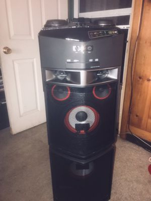 LG OJ98 Hi-Fi Entertainment System 1800W Phone Pair BT for Sale in Portland, OR