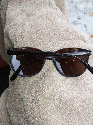 prada sunglasses for Sale in City of Industry, CA