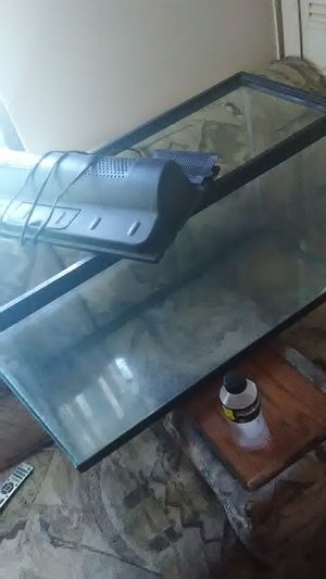 Large size fish tank for Sale in Orlando, FL