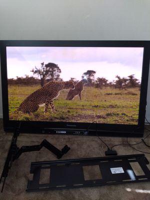 50 inch plasma tv panasonic th-c50fd18 for Sale in Santa Clara, CA