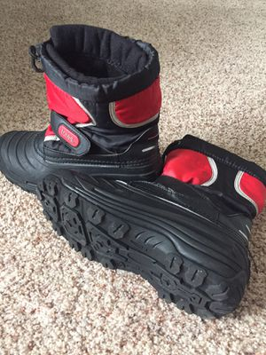 Totes Snow Boots - size 5 for Sale in Lewisburg, PA