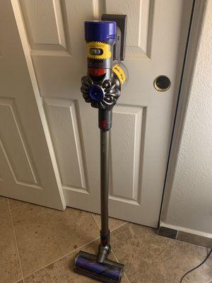 Dyson V8 Animal Cordless Vacuum for Sale in Las Vegas, NV