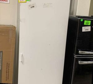 ESTATE BY RSI CABINET TALL H3 for Sale in Houston, TX
