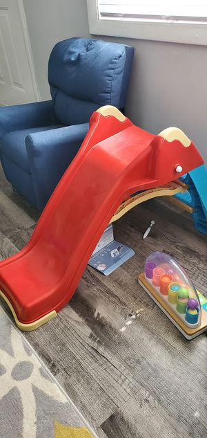 Selling small slide and small wagon for Sale in Charlotte, NC
