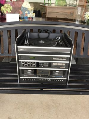 All in One Vintage Turn Table and Cassette player- in Fort Worth for Sale in Hurst, TX