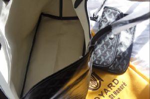 6f453ab5ae5  BNWT Black GOYARD Chevron St. Louis PM Bag for Sale in Newark