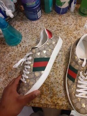 Authentic Gucci shoes for Sale in Compton, CA