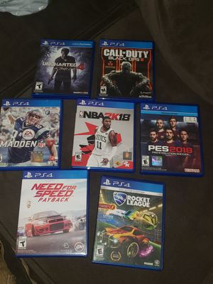 Ps4 games and 2 headsets for Sale in Garden Grove, CA